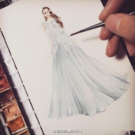 新娘胸小拍婚纱照怎么办?穿婚纱有讲究!