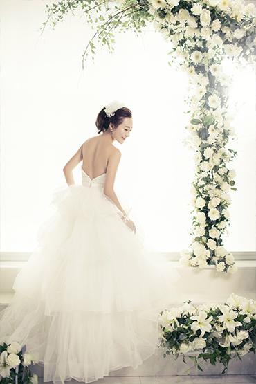 韩式婚纱照 - 花间新娘
