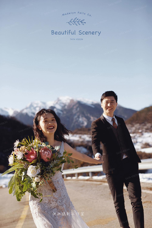 雪景婚纱照时尚纪实风格